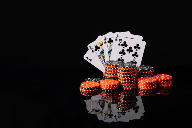 Getting Some Earnings by Playing Poker Online